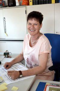 Yvonne Henschel